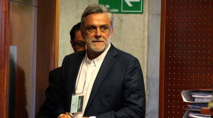 Pablo Longueira votó por el Apruebo y anunció postulación a candidato constituyente