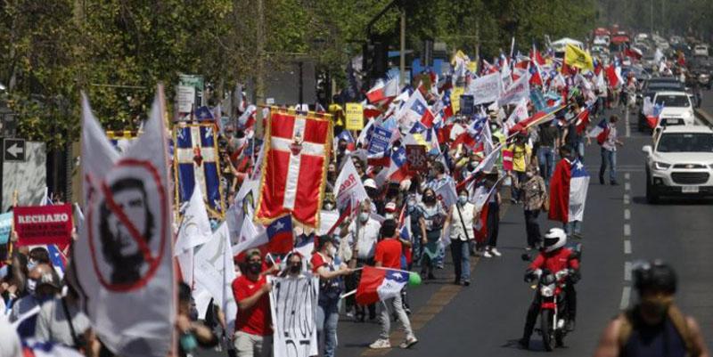 Diputados piden a Piñera la salida de ministros que votaron por el Rechazo