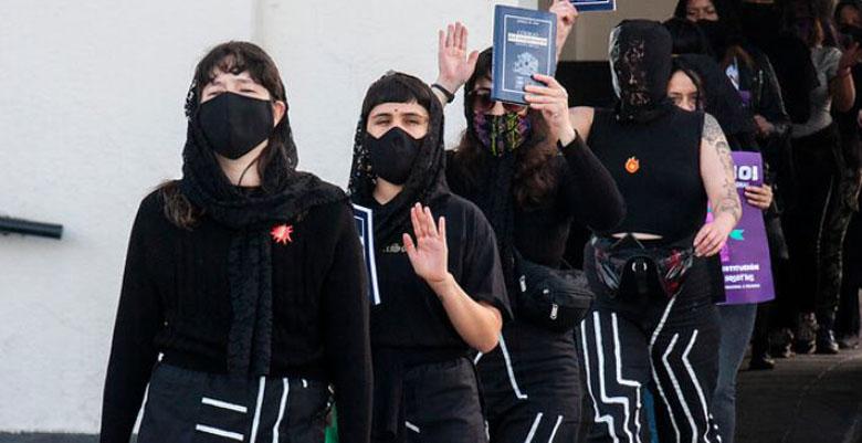 Juzgado desestima cargos contra colectivo feminista «Las Tesis»