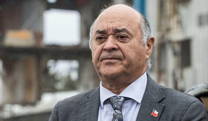 Embajador Ulloa llegó desde Paraguay: está internado por complicaciones derivadas del Covid