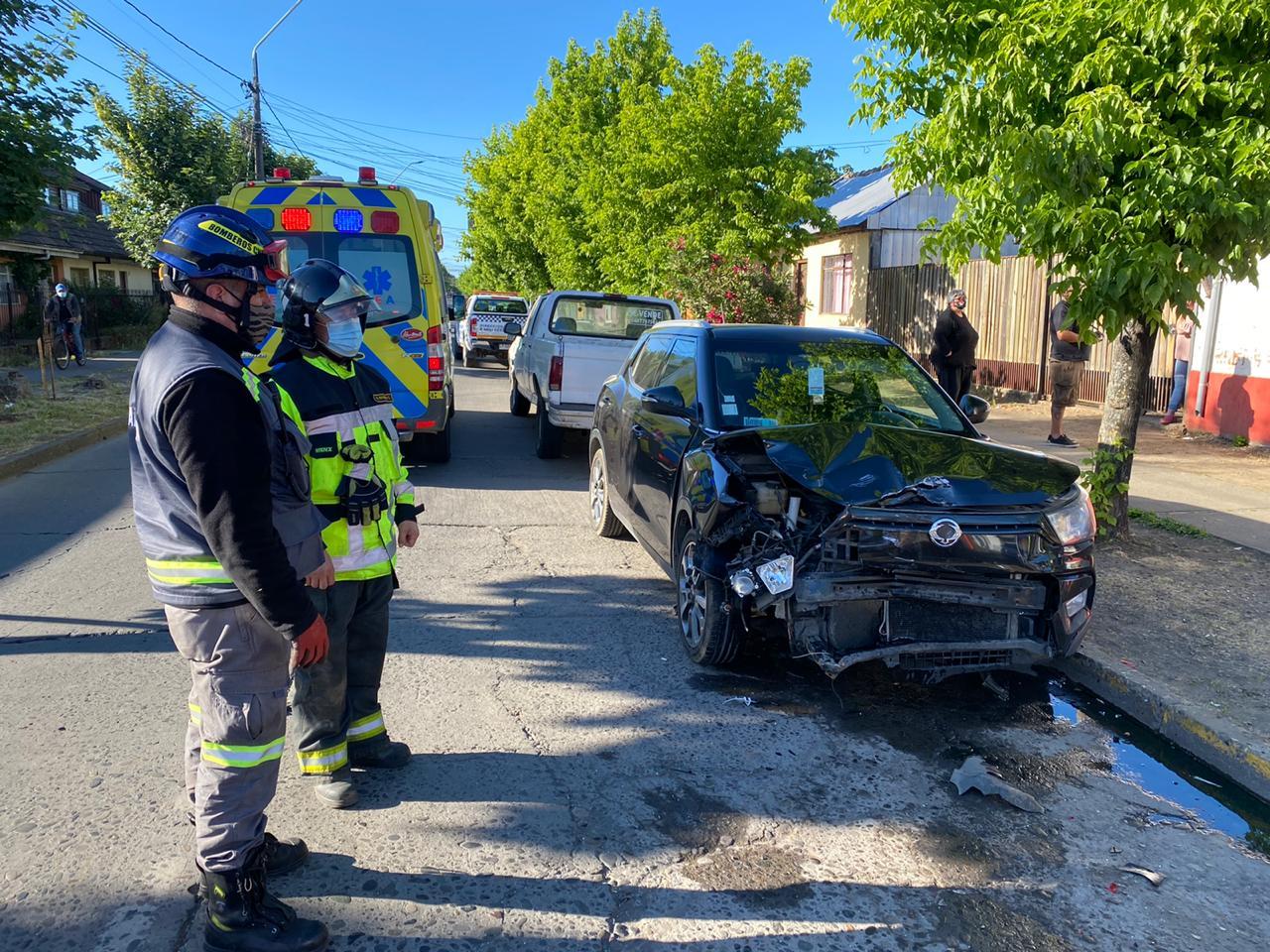 Los Ángeles: Colisión vehicular deja una persona lesionada