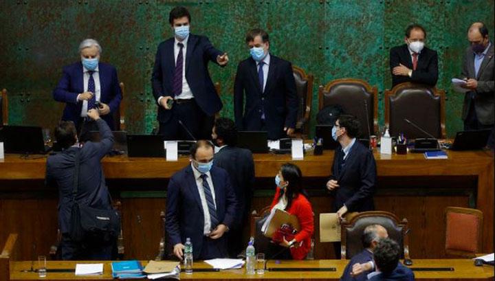 Tras avance del 10% del Gobierno: senadores UDI a favor de 'antiguo' proyecto se abstendrán