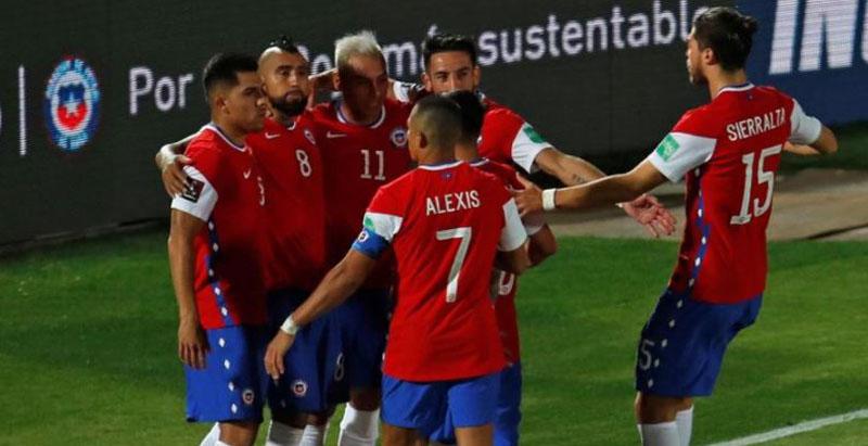 Con Alexis a la espera: este sería el 11 titular de Chile para enfrentar a Perú