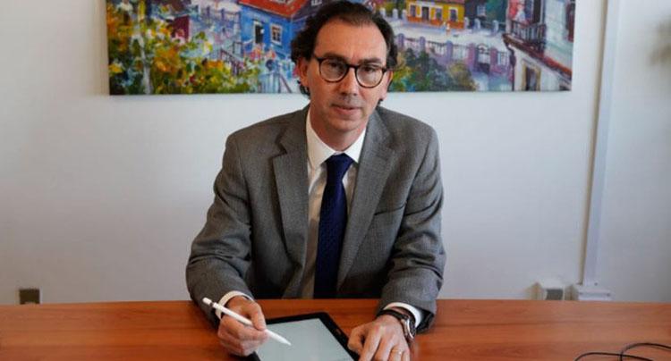Ministro Figueroa y próximo año escolar: «Adelantar el inicio de clases podría ser conveniente»