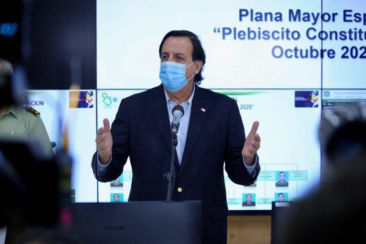 Víctor Pérez renuncia a su cargo tras aprobarse  acusación constitucional en su contra