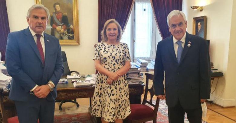 Tras reunión con Piñera: Moreira cambia de voto y ahora apoyará proyecto del Gobierno