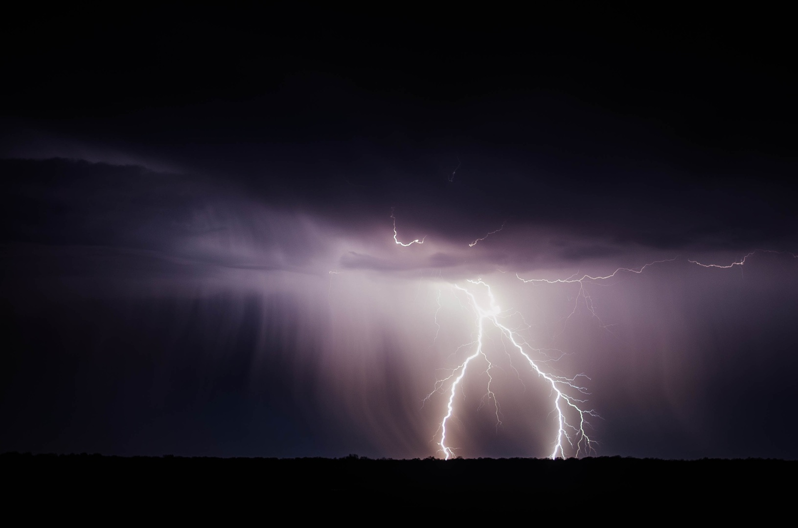 Los Ángeles: ¿Tormenta eléctrica? Conoce el pronóstico del tiempo para hoy
