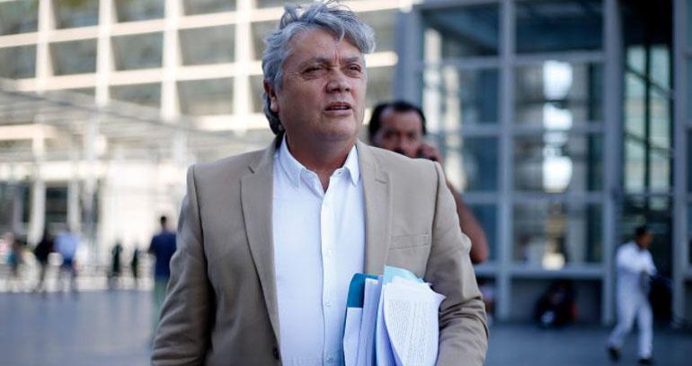 'Abrió los ojos': Navarro presenta leve mejoría pero estado sigue siendo delicado