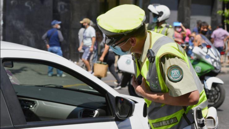 Permiso de Circulación: Revisa los requisitos y si tu auto tiene multas pendientes