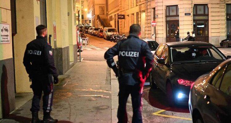 Ataque terrorista en Viena: dispararon contra bares y cafés dejando al menos 5 muertos