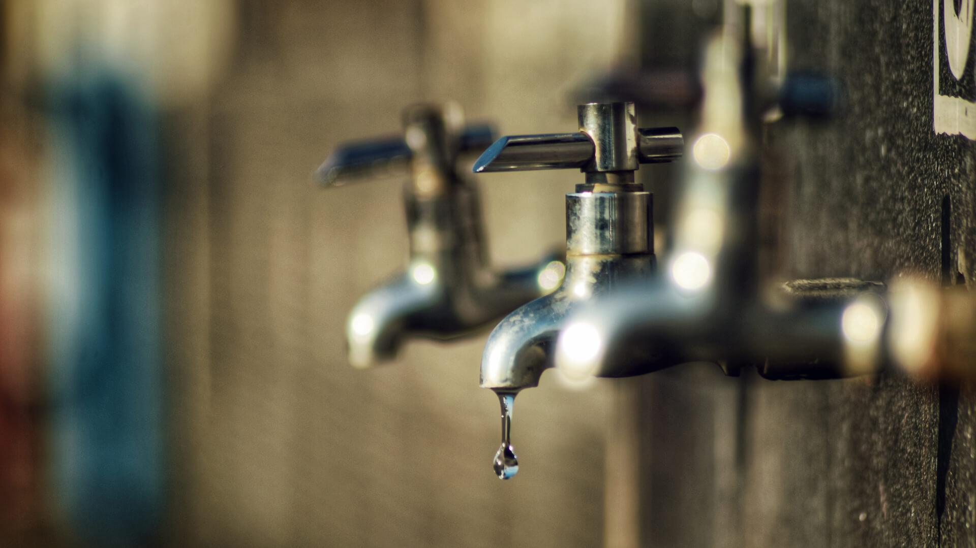 Los Ángeles: Cientos de personas quedan sin suministro de agua potable