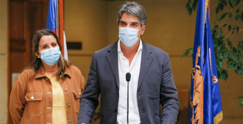 «Por ningún motivo»: diputado RN anuncia que no se vacunará contra el covid