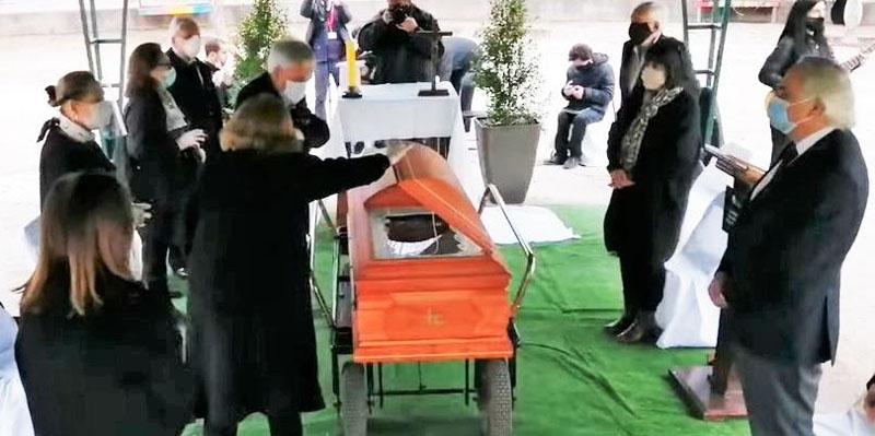 Hermana de Piñera fue condenada por poner en riesgo la salud pública