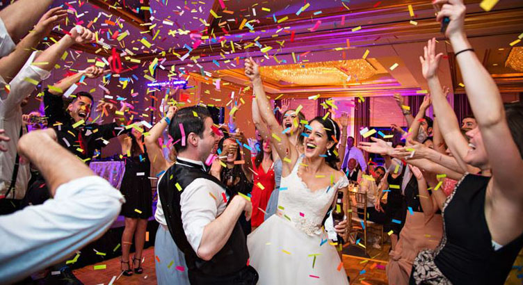 Descubren fiesta de matrimonio en Concepción con más de 40 personas