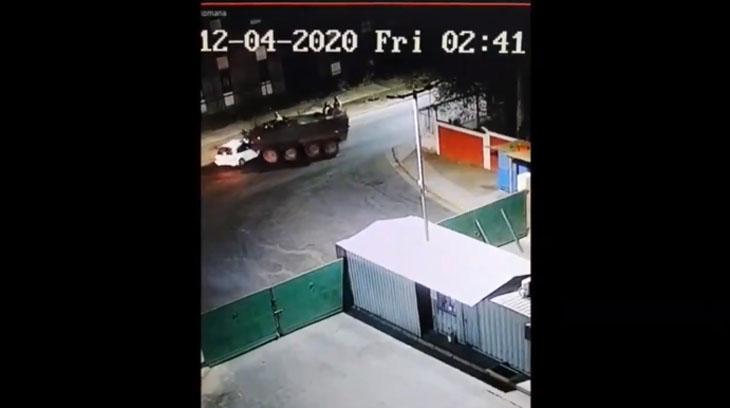 Una tanqueta militar logró detener a conductor ebrio que había escapado de control