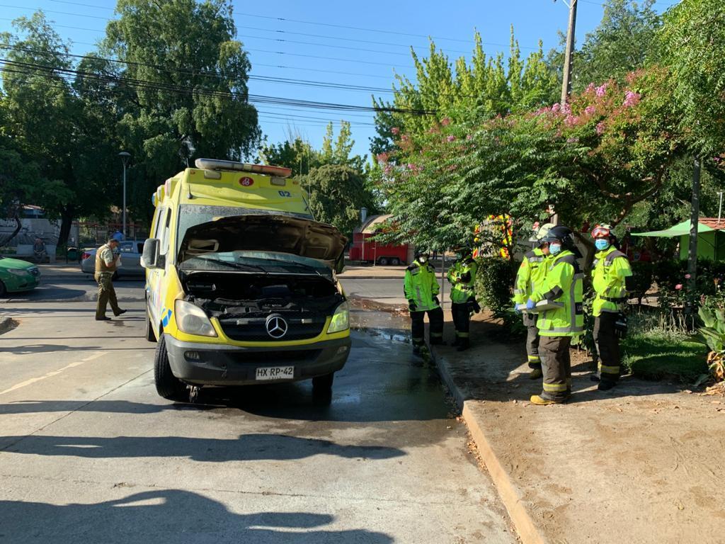 Los Ángeles: ambulancia se prendió fuego antes de llegar al hospital con paciente