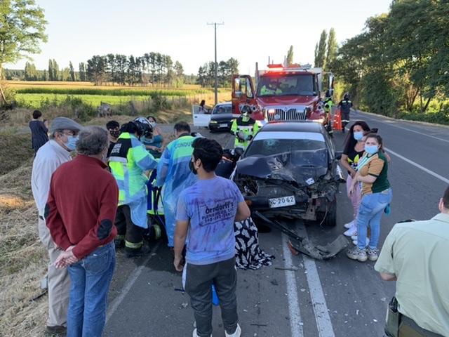 Los Ángeles: Dos heridos deja colisión camino a Pedregal