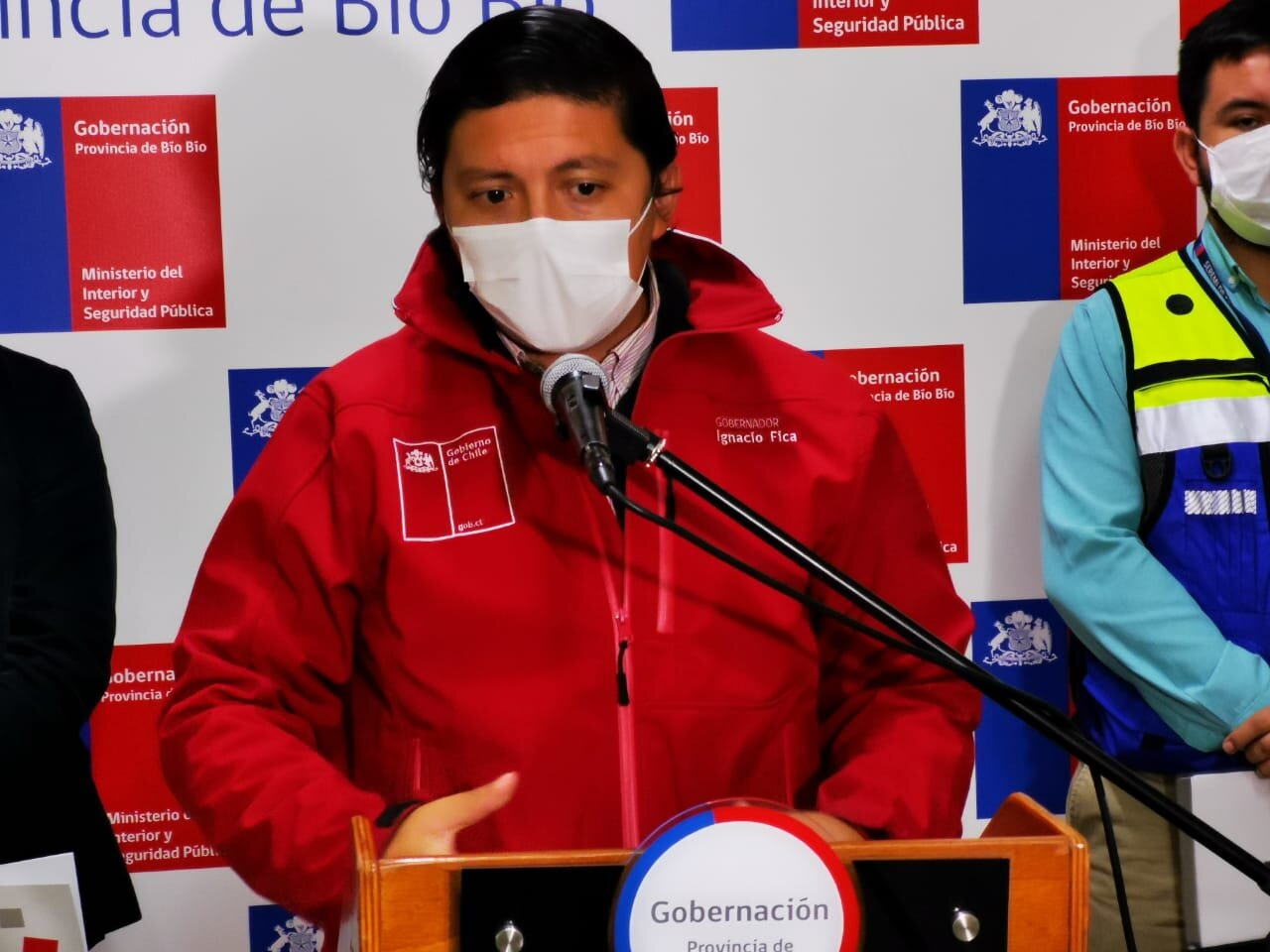 Gobernador explica actualización del plan Paso a Paso en La Provincia de Biobío