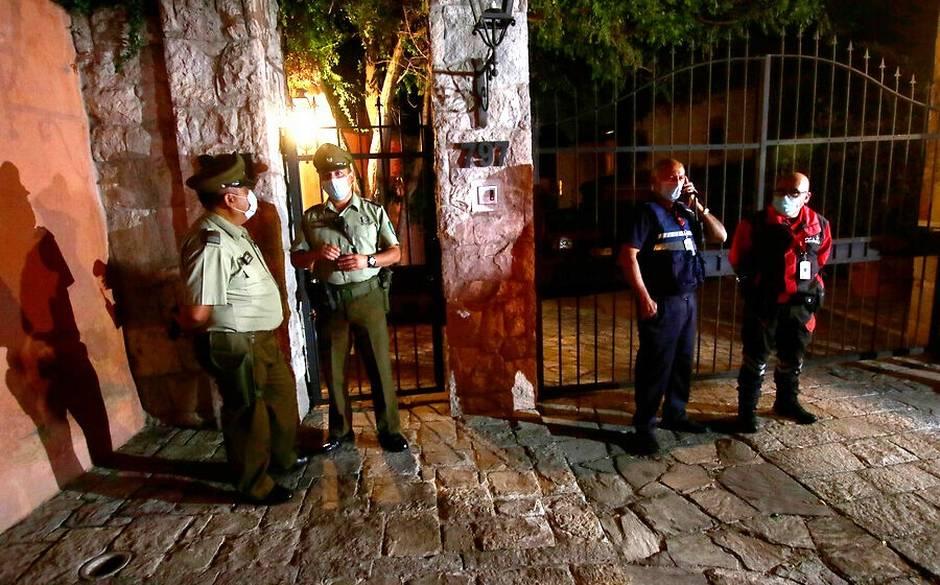 3 carabineros resultaron lesionados tras fiscalizar fiesta clandestina en Las Condes