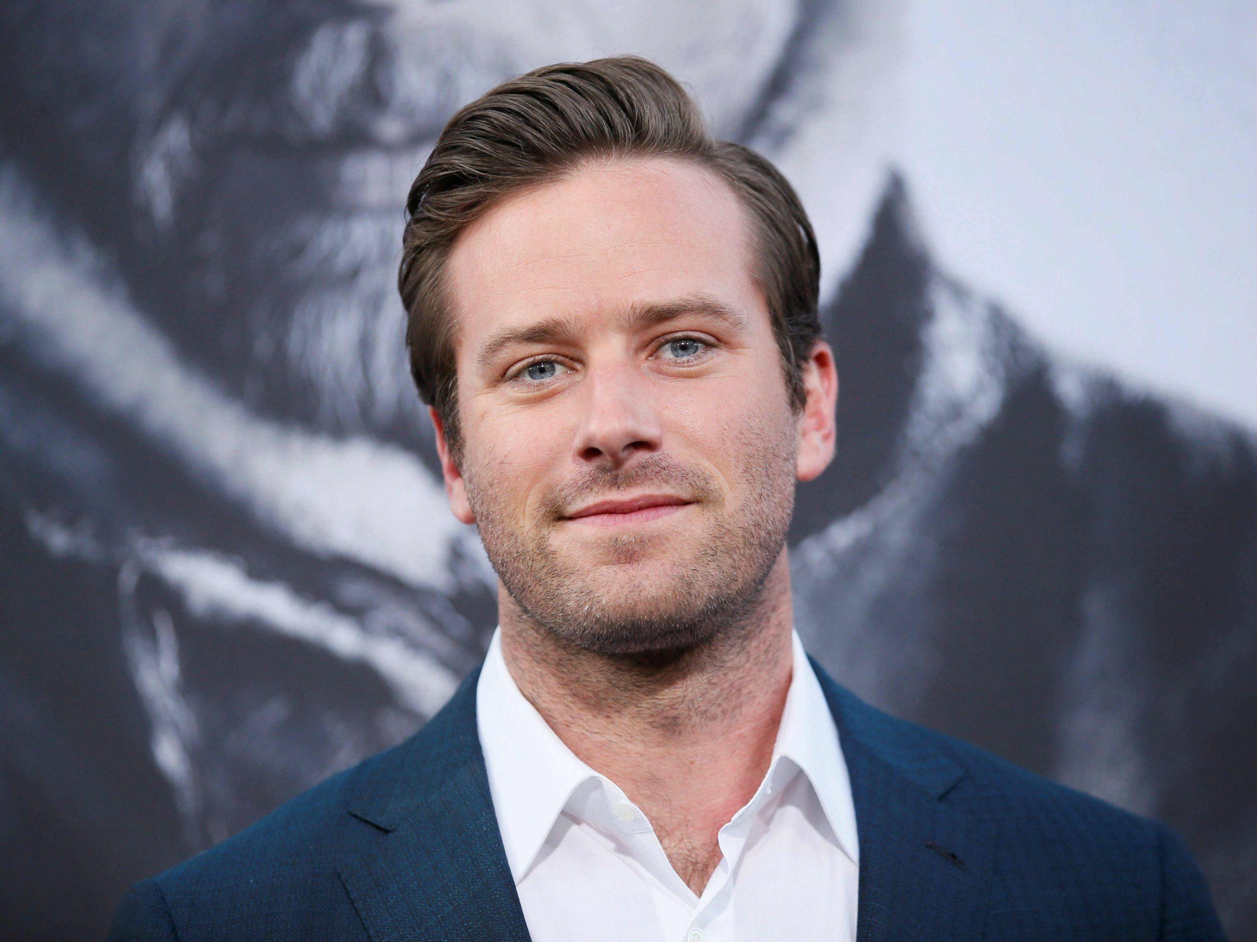 Actor estadounidense desmiente acusaciones sobre canibalismo y renuncia a su próxima película