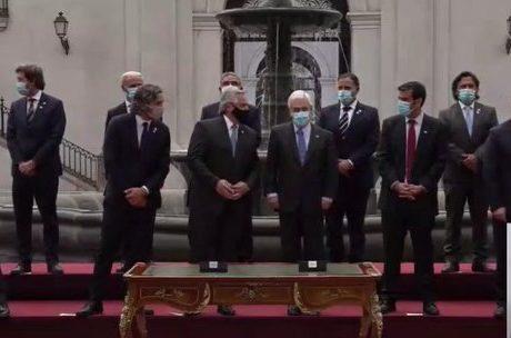 Presidentes Piñera y Fernández firmaron acuerdos y hablaron en conjunto