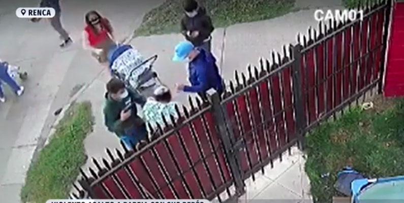 Con pistolas y electroshock: parejas que paseaban a sus bebés sufren violento asalto