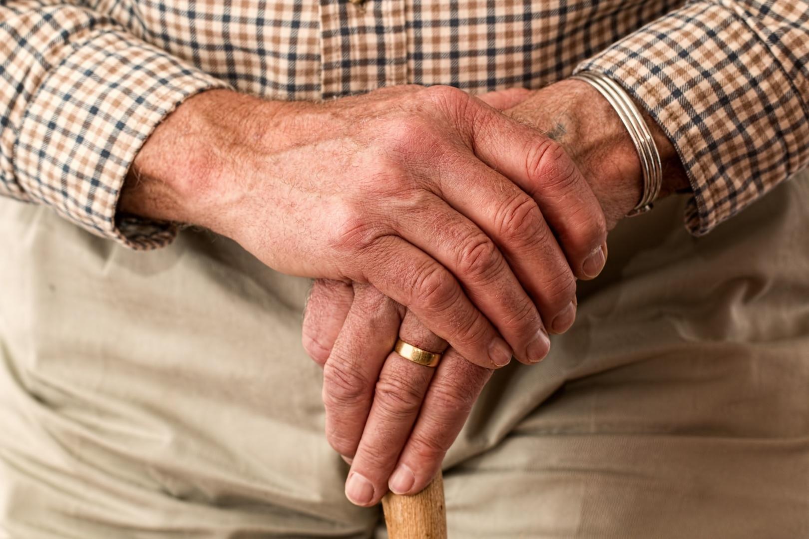 Contagio masivo de Covid-19 en hogar de ancianos de Mulchén deja 29 afectados