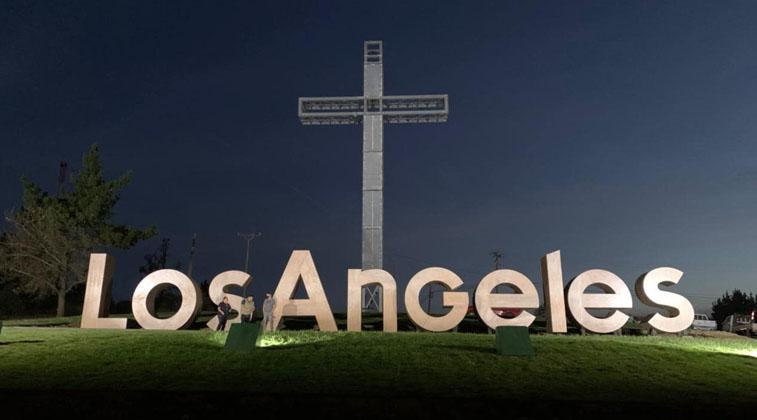 Único en el país: Los Ángeles inauguró novedoso letrero para 'generar identidad'