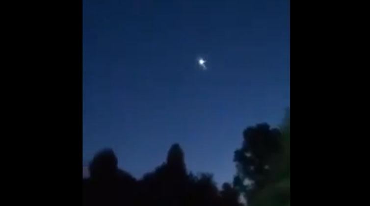 Registros de un 'meteoro' pasando por el sur del país maravillaron en Redes Sociales