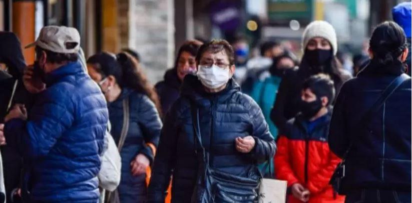 Covid-19 en Chile: más del 70% cree que el control de la pandemia está empeorando