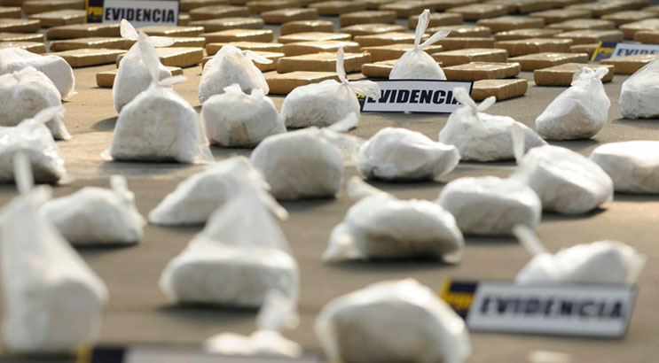Operativo masivo regional de la PDI: 13 detenidos y diversas drogas decomisadas