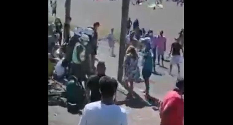 Vacaciones en pandemia: carabineros sufrieron masiva agresión en la playa