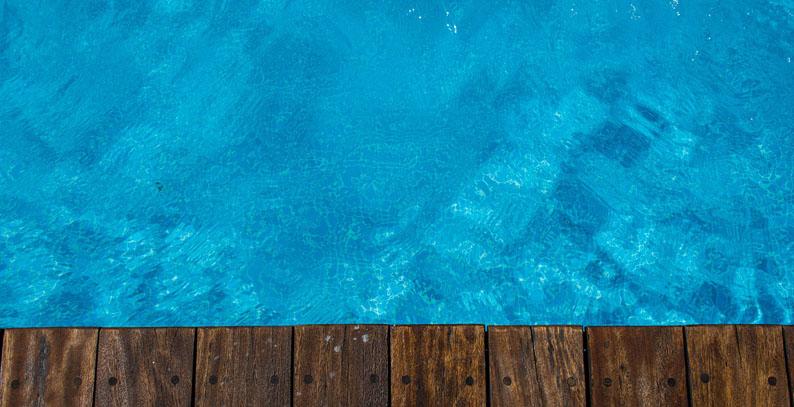 Menor de dos años falleció tras caer a una piscina en Casablanca