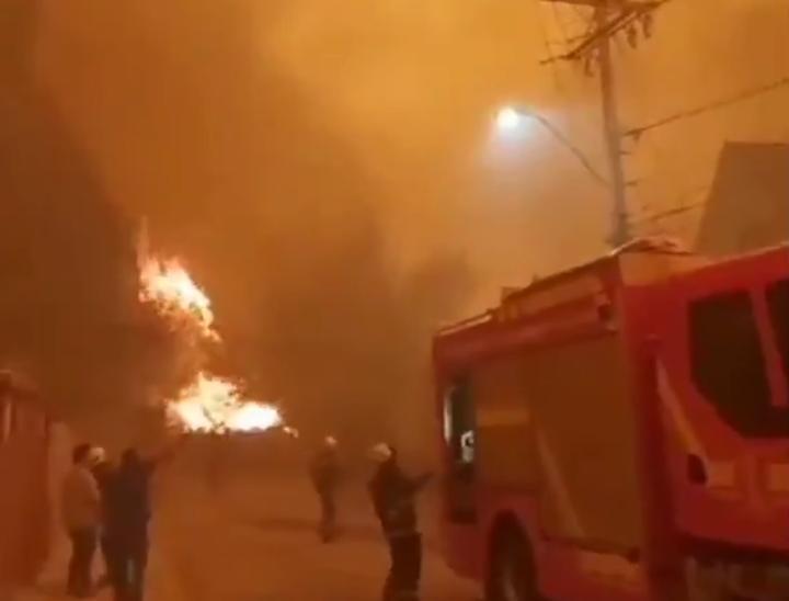 Van al menos 10 viviendas afectadas por incendio en Quilpué