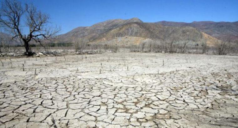 Sequía en Chile: municipio deberá dar 100 litros de agua diarios a cada habitante