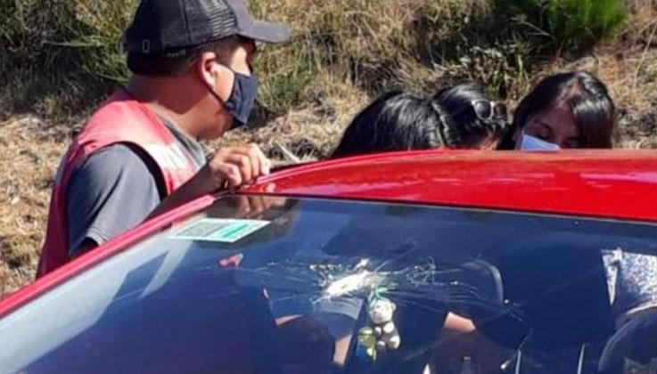 Desconocidos atacaron con disparos un auto en Tirúa: cinco personas fueron heridas
