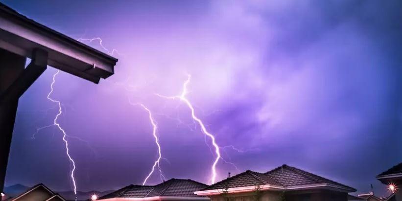 Emiten aviso de probables tormentas eléctricas entre Valparaíso y La Araucanía