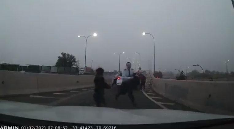 VIDEO|Un niño participó de frustrada encerrona contra un comandante de la FACh